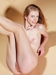 babes model Flavia A