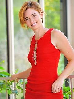babes model Jodi Taylor
