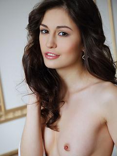 babes model Lilian A