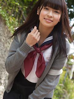 babes model Yuuri Shiina
